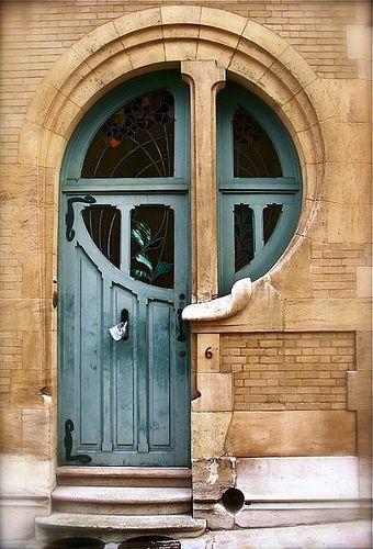 Victor Horta    Door, Brussels, Belgium