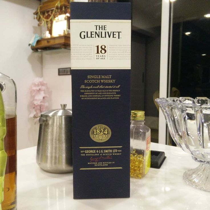 Fun  #glenlivet #sınglemalt #scotch #18years #myfirsttime #drinkingscotch and not a cocktail #tb #aboutlastnight #friday