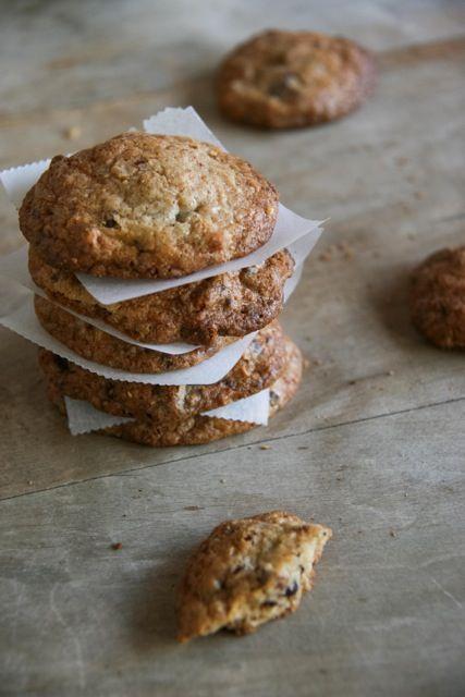 Nagyszerű, gyorsan elkészíthető, gluténmentes csokis keksz recept, amely garantáltan hozzájárul az őszi - téli otthoni hangulat megteremtéséhez.