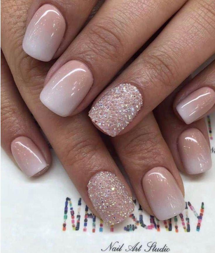 Hübsche Farbe, nicht groß auf dem Glitzer – Nails