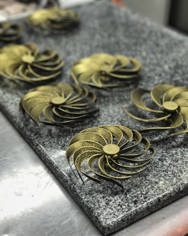 Master Chocolate Showpiece class by Chef Roger Fok