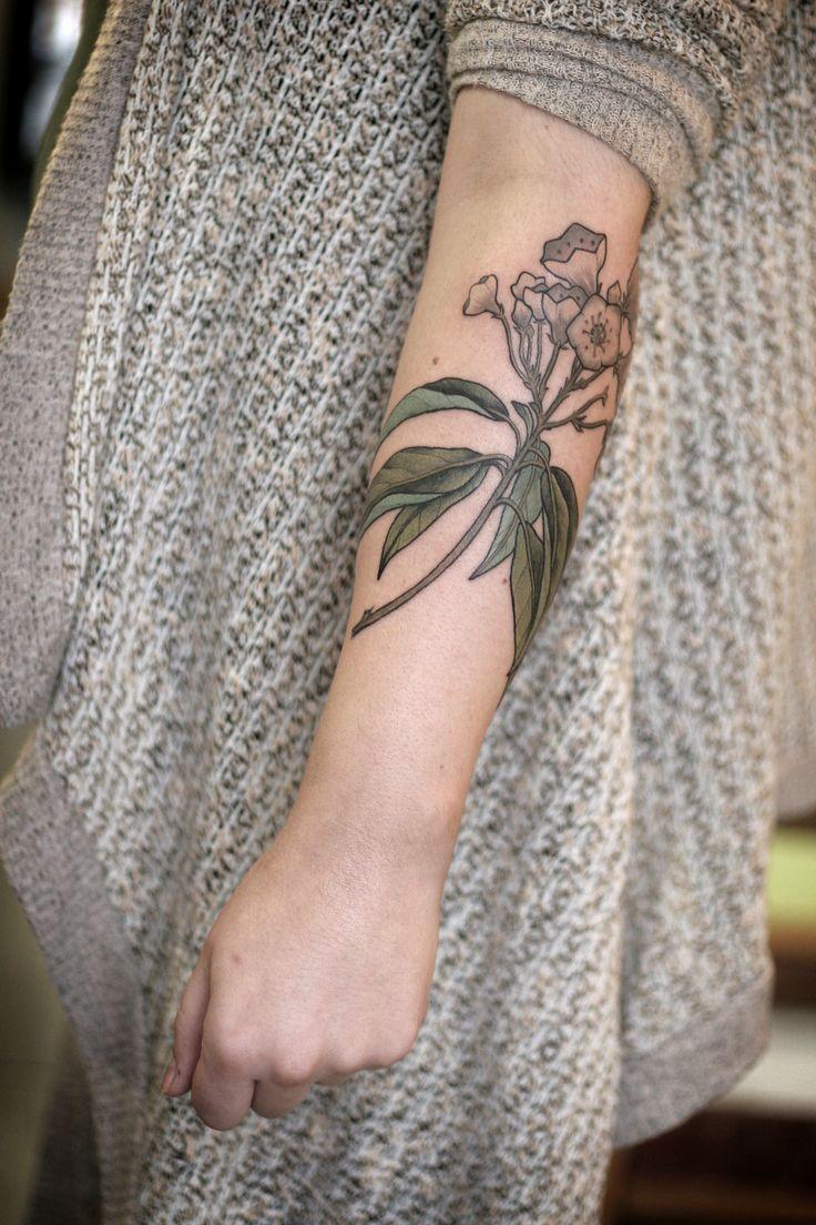 Tool box tattoo by mark old school tattoos by mark pinterest - Alice Carrier Is A Tattoo Artist At Wonderland Tattoo In Beautiful Portland Oregon