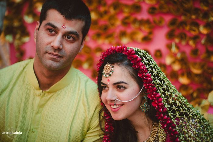 We happened to feature a wedding in Delhi a few months back and this little trend first showed it's face there. A nice floral woven dupatta on the bride that took the place of traditional floral jewellery. And the moment it went up on Insta, it went viral, we got shout outs, comments and hundre