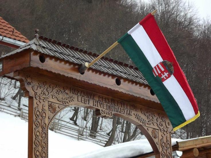 Székelyföld - székelykapu - Hazádnak rendületlenül légy híve, oh magyar!