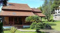 Villa Lukman 3 kamar dengan balutan eksotis yang memiliki pesona dan daya tarik tersendiri untuk para keluarga dan memutuskan menginap di tempat ini selamat mencoba