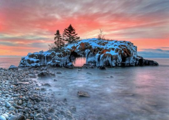 Visit Minnesota's North Shore attractions like Hollow Rock