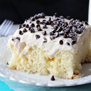 20 Best Easy Italian Desserts. Indulge in decadent Italian dessert recipes, like this Cannoli Poke Cake. Trust us, your taste buds will thank you!
