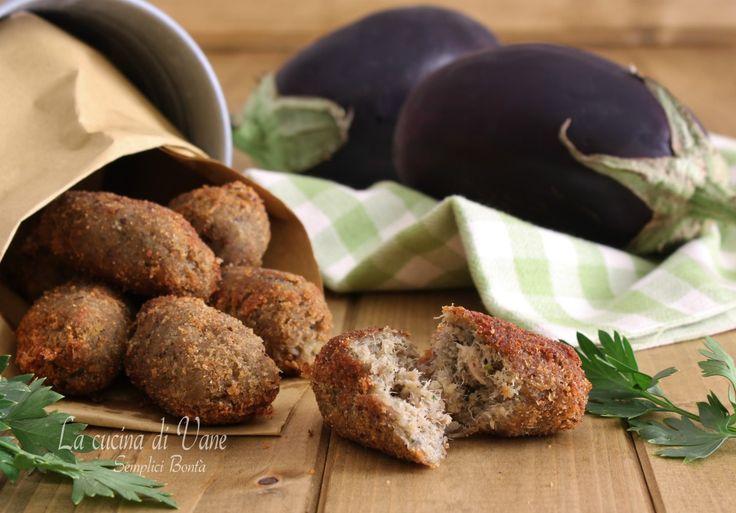 Crocchette di melanzane e tonno senza uova ricetta gustosa facile e veloce da fare per polpette di verdure senza uova, cuocere in forno o in padella