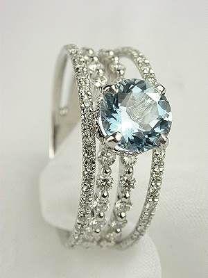 Aquamarine & diamonds  That.  Is.  Gorgeous.