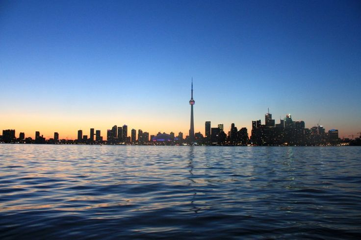 Flight Munich to Toronto for 320 EUR