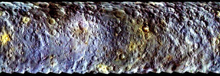 Cette carte en fausses couleurs de la surface de Cérès a été tracée à partir de données acquises par la sonde Dawn en février 2015. Elle montre la diversité des éléments qui composent la surface de cette planète naine, installée dans la ceinture principale d'astéroïdes. © Nasa/JPL-Caltech/UCLA/MPS/DLR/IDA