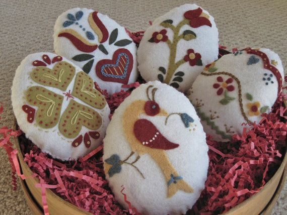 Easter Egg Bowl Fillers Wool Felt Appliqued by twood59 on Etsy, $15.95
