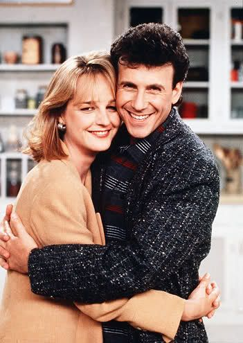 "Paul Reiser and Helen Hunt in ""Mad About You"""
