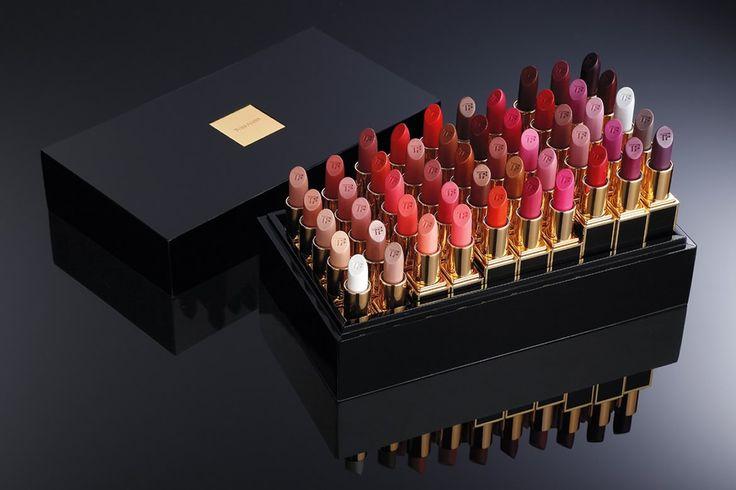 Le rappeur canadien Drake lance son rouge à lèvres pour la marque de luxe branché Tom Ford. Son modèle fera partie de la collection Lips & boys
