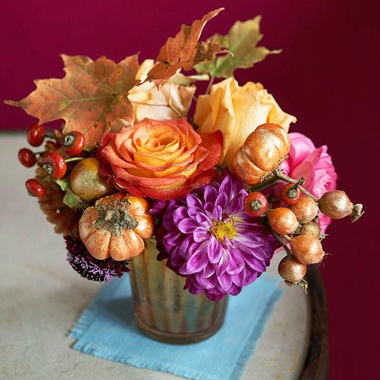 Best thanksgiving centerpieces images on pinterest