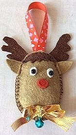 Reindeer with bow