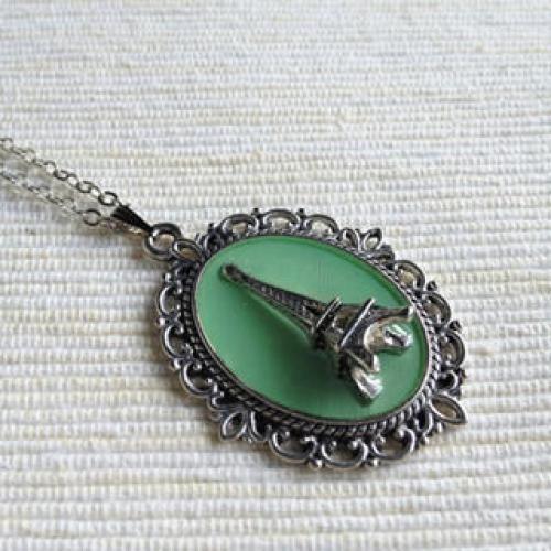 Silver Paris Necklace (Mint) One Size