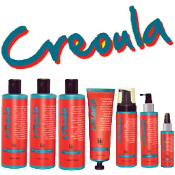 *Lola Cosmetics - Creoula - Kit Completo - Cachos Perfeitos - 6 Produtos* O Kit completo Creoula Contém: - Shampoo Creoula cachos perfeitos 230ml - Condicionador Creoula cachos perfeitos 230ml - Creme de Pentear Creoula cachos perfeitos 150ml - �...