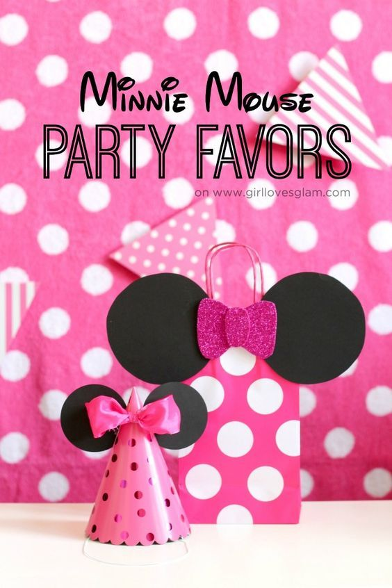Minnie Mouse Party Favors on www.girllovesglam.com