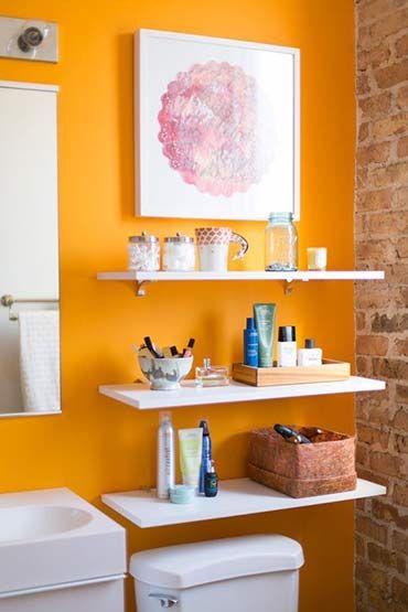 Quer renovar o visual do banheiro, mas sem encarar uma reforma? Veja 9 maneiras criativas e baratas