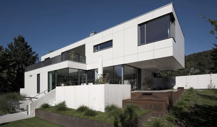 Modern villa in germany equitone facade panels www for Facade moderne villa