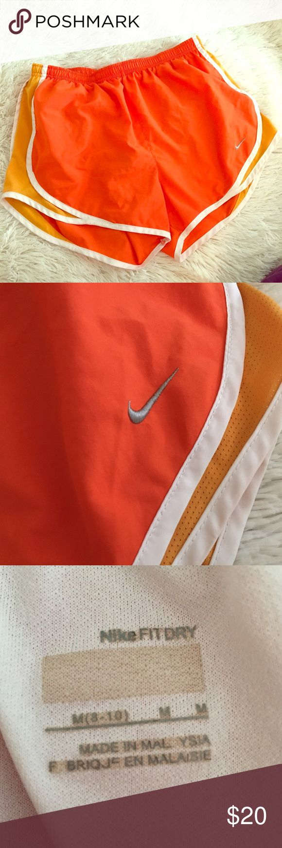 Nike Tempo fit dry Women's medium orange shorts Nike Tempo fit dry Women's medium orange shorts Nike Shorts