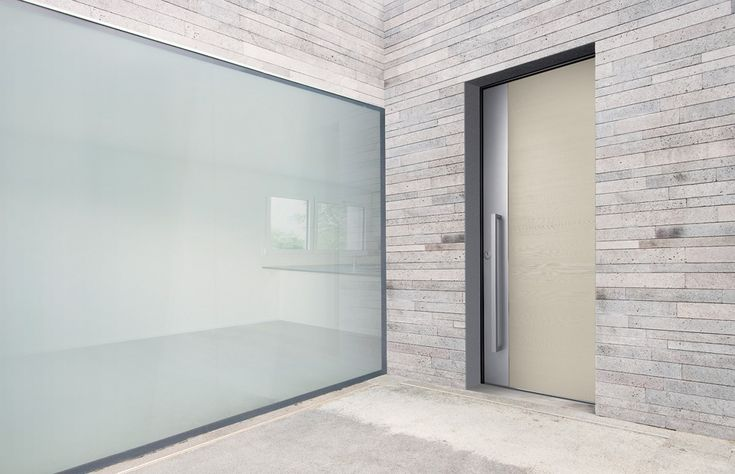 Design - Ritz Flat, Model - Line with platinsilver fascia, Wood - Douglas, Finish - Oyster White RAL 1013. Bespoke front doors by Silvelox