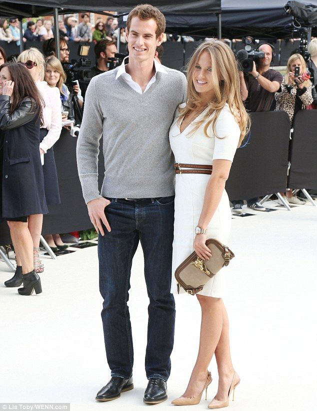 Kim Sears (Andy Murray's girlfriend) looks amazing in Burberry during their Spring/Summer 2013 show at London Fashion Week 2012.