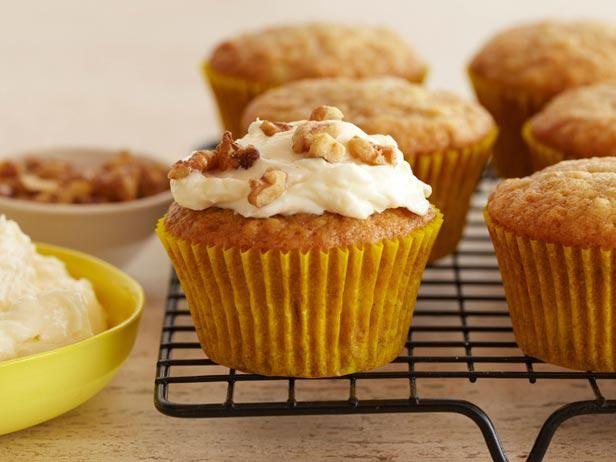 Get Giada De Laurentiis's Banana Muffins with Mascarpone Cream Frosting Recipe from Food Network