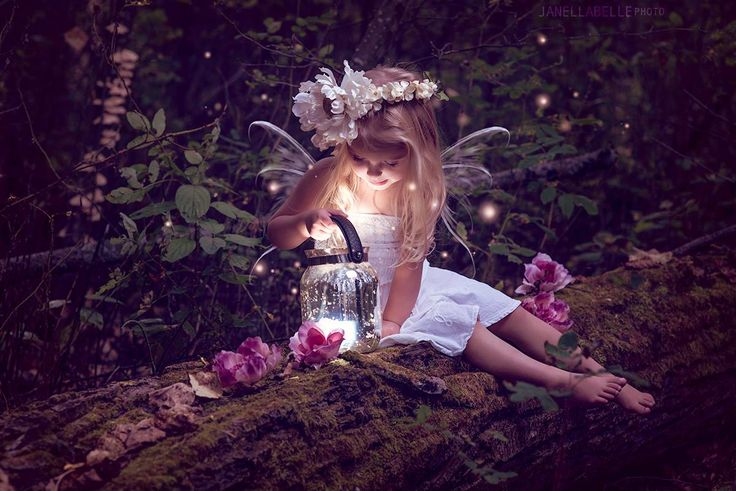 Fairies and Fireflys - Children Photography / Fantasy