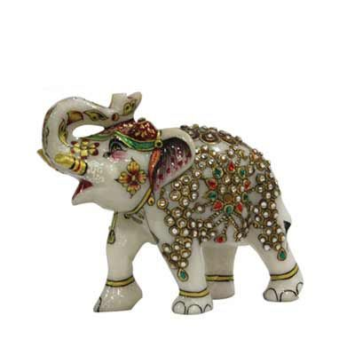 Grab this exquisite elephant gifts for clients, employees and boss from Ferns N Petals. Here you may find variation of corporate diwali gifts at reasonable price.  http://corporate.fnp.com/diwali-gifts/