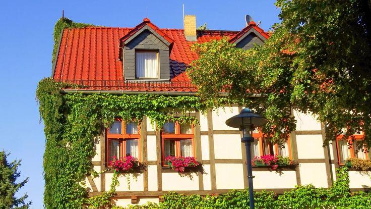 👌 New free photo at Avopix.com - Building facade germany home    ☑ https://avopix.com/photo/54489-building-facade-germany-home    #house #home #architecture #building #bungalow #avopix #free #photos #public #domain