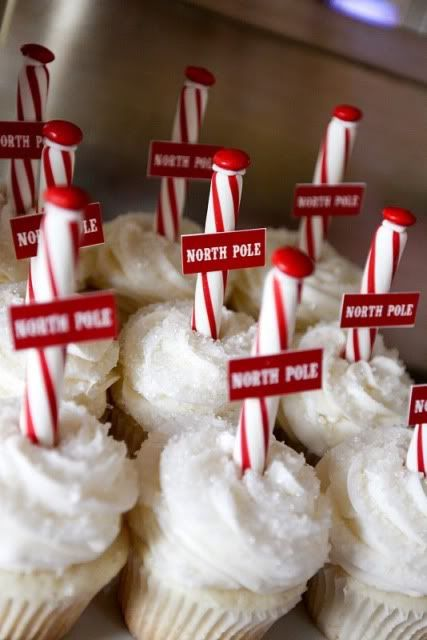 North Pole Cupcakes: Christmas Parties, Food Ideas, Cute Ideas, Pole Cupcakes, Candy Canes, Christmas Treats, North Pole, Gingerbread Houses, Christmas Cupcakes