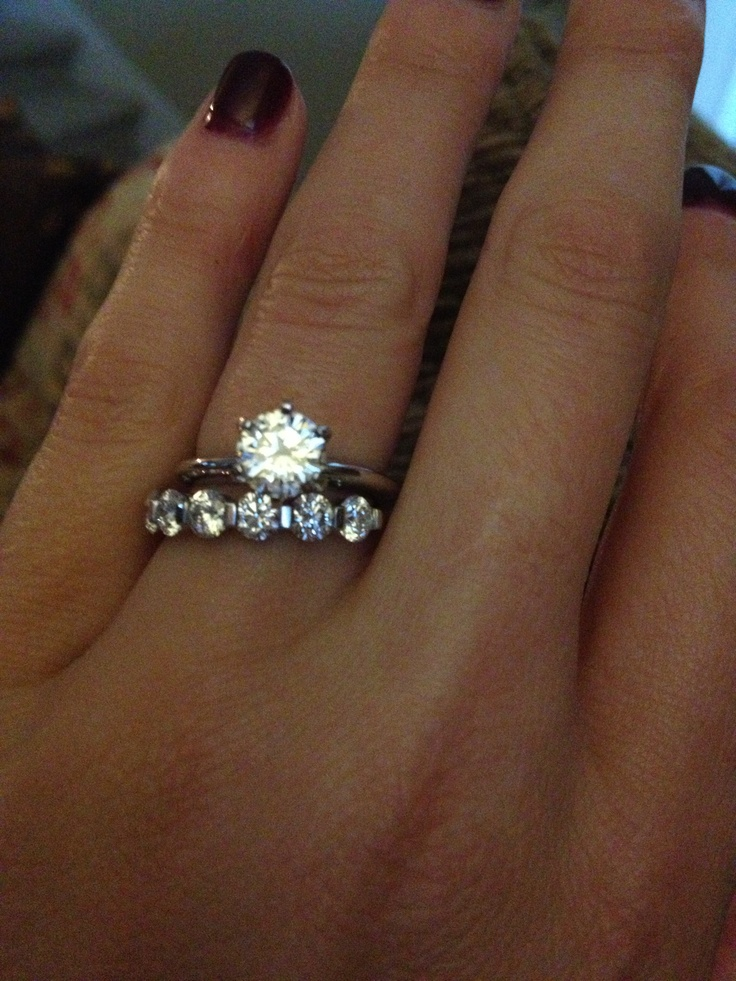 Simple Tiffany Solitaire Setting And 163 Carat Diamond Weddig Band Love It