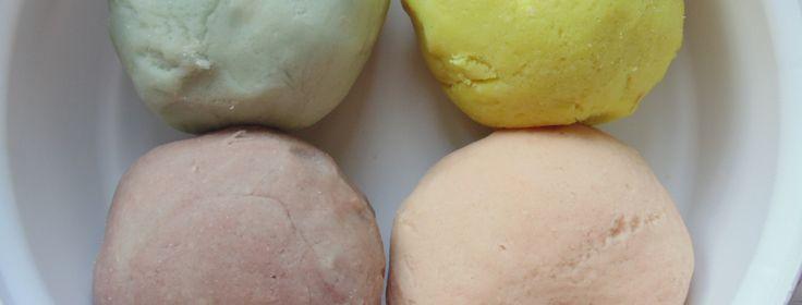 Easy and lovely DIY playdough recipe  litolmaeandlolly.com