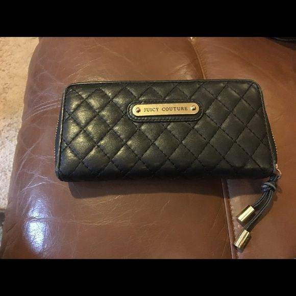 Juicy couture leather wallet .. Used Juicy couture leather wallet .. It's been used .. Normal wear .. Corner are rubbed .. Clean without stains Juicy Couture Bags Wallets
