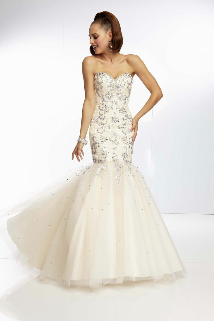 style 6441 dress in drag