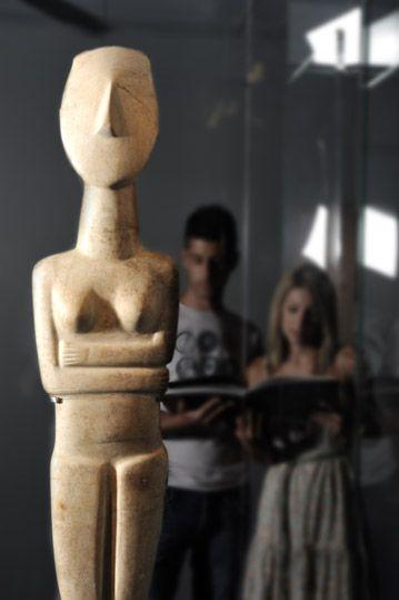 The birth of Greek sculpture