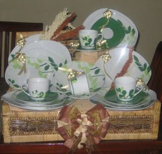 Hampers Dinner Set... #dinnerset #hampers #parcel #lebaran #create