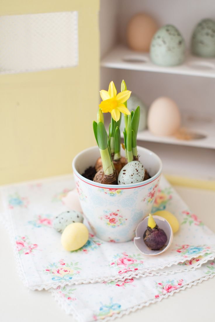 Instant Easter style with this Green Gate cup filled with daffodils and eggs   Minty House