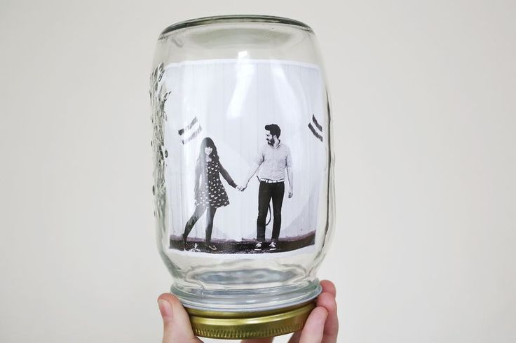 Mason jar as a photo frame!