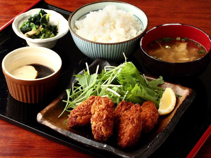 12 Best Lunch Deals You Can Get For 5 Dollars in Ikebukuro | tsunagu Japan