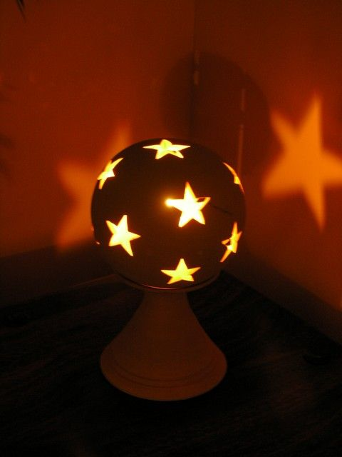 Baby terracotta globe lamp. http://www.maroque.co.uk/showitem.aspx?id=ENT03879&p=00738&n=all