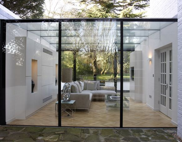 For more information please visit: http://www.iqglassrooms.com/h/Projects/Bishops_Avenue/396/?lang=