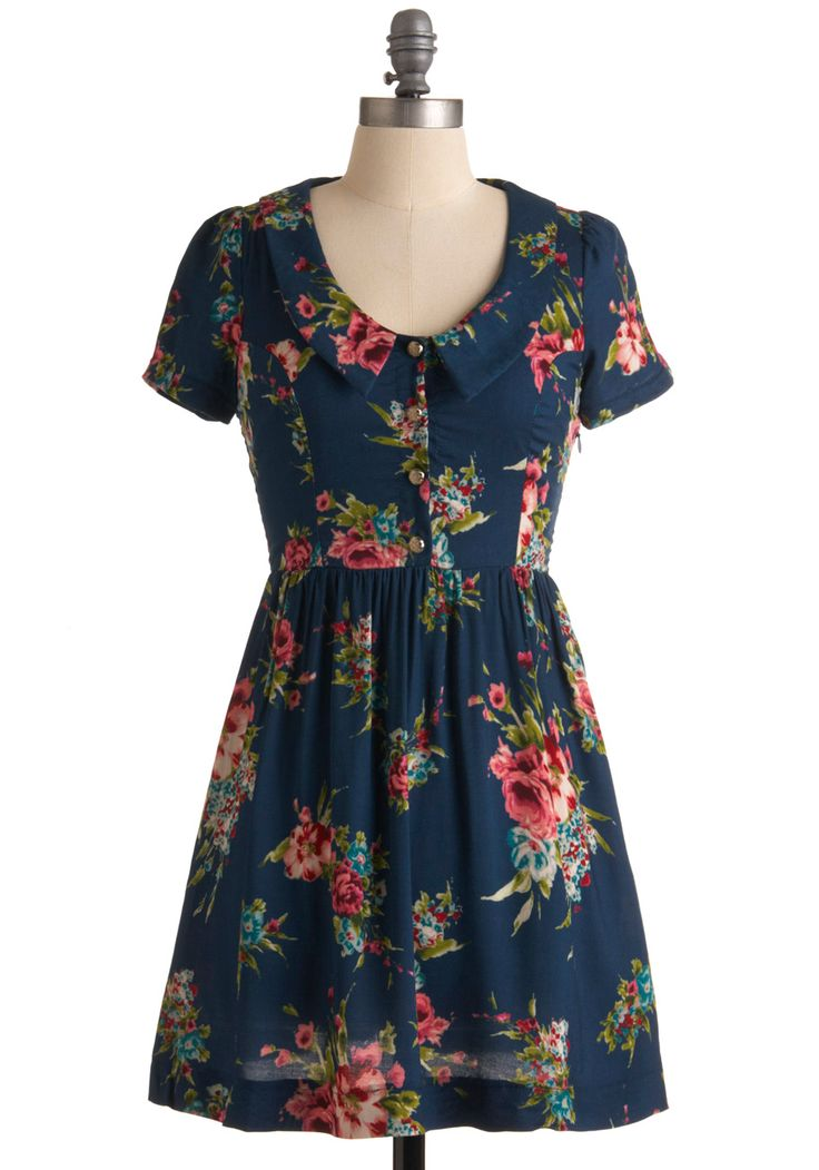 Cheerful Correspondence Dress: Modcloth Green Dresses, Correspond Dresses, Adorable Fashion, Floral Prints, Retro Vintage Dresses, Cheer Correspond, Sweet Style, Sweet Dresses, Floral Dresses
