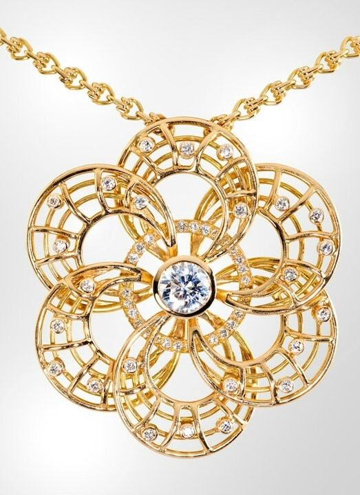 Rosace necklace, Diamonds & Pink Gold by Sandra Berete