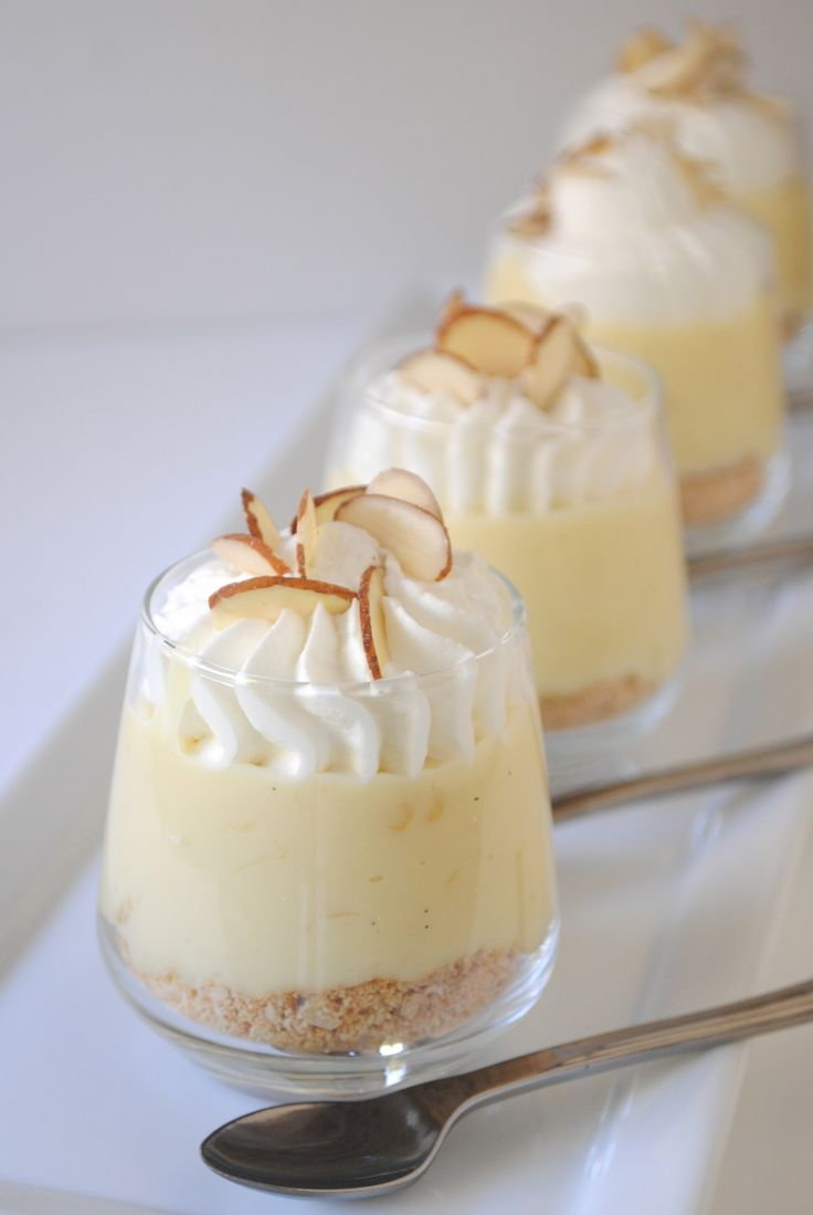 Banana Cream Pie Dessert Shooters                                                                                                                                                                                 Mais