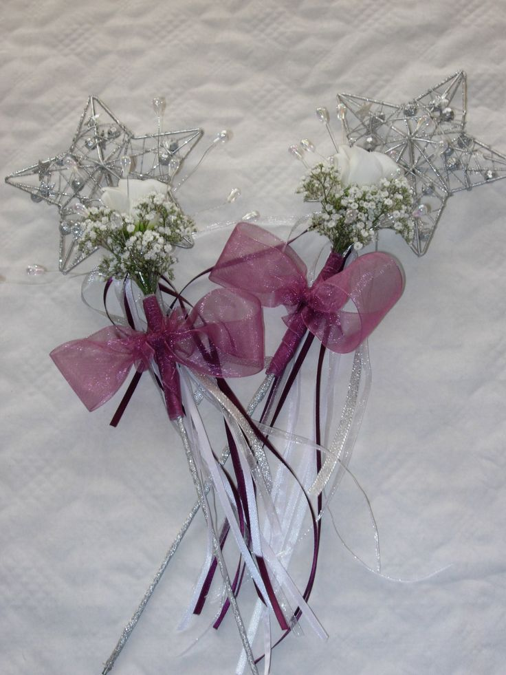 Flower Wand Very Por With The Really Young Ones Wedding Wandswedding Bouquetswedding