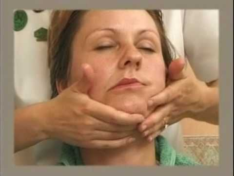 Facial Massage 1/2