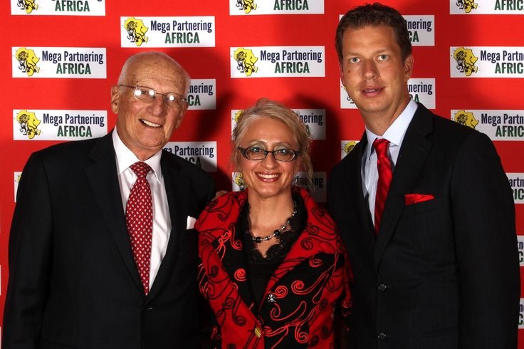 Beryl Bronkhorst with Worlds no1 Wealth CoachJT Foxx and George Ross,Executive Vice President of the Trump Organization.